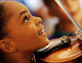 تشویق به تمرین موسیقی