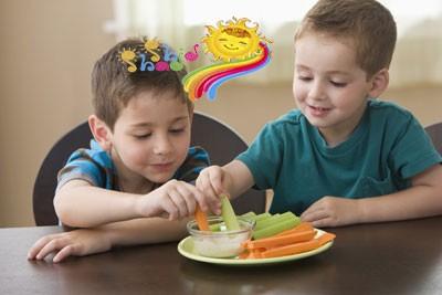 خوردن سبزیجات کودکان