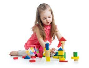 تنها-بازی-کردن کودکان