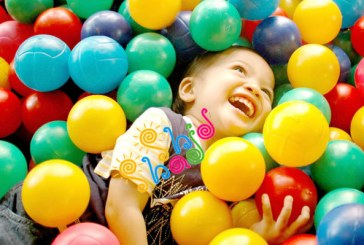 نقش اسباب بازی و والدین در رشد کودک
